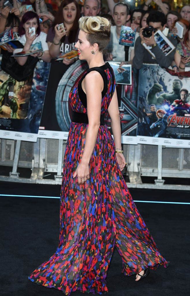 Photos : Scarlett Johansson : mode super-girl activé !