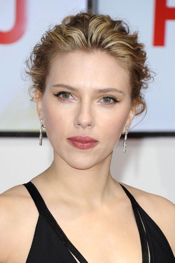 Scarlett Johansson, un de plus !