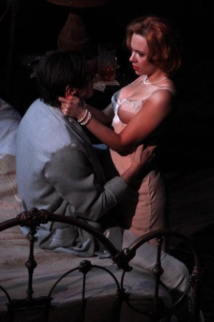 Scarlett Johansson le 20 décembre 2012 à Broadway, New York