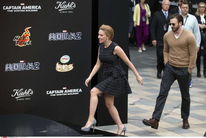 Scarlett Johansson et Chris Evans en promo à Pékin, le 24 mars 2014.