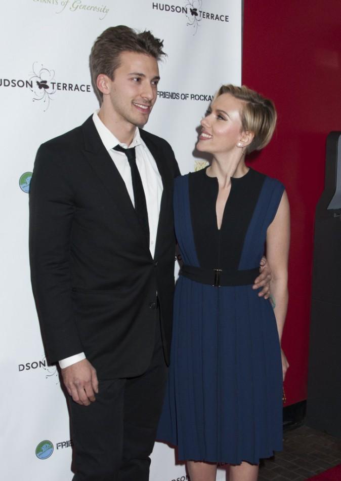 Scarlett et Hunter Johansson à New York le 18 novembre 2014