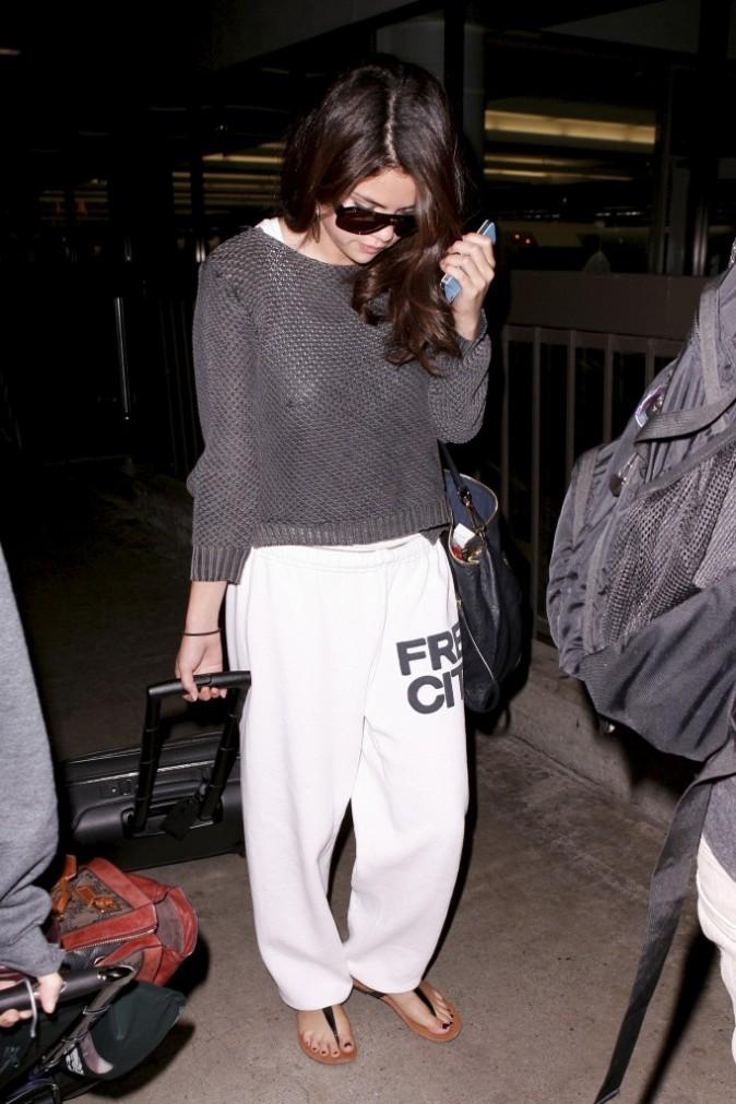 Selena se fait discrète !