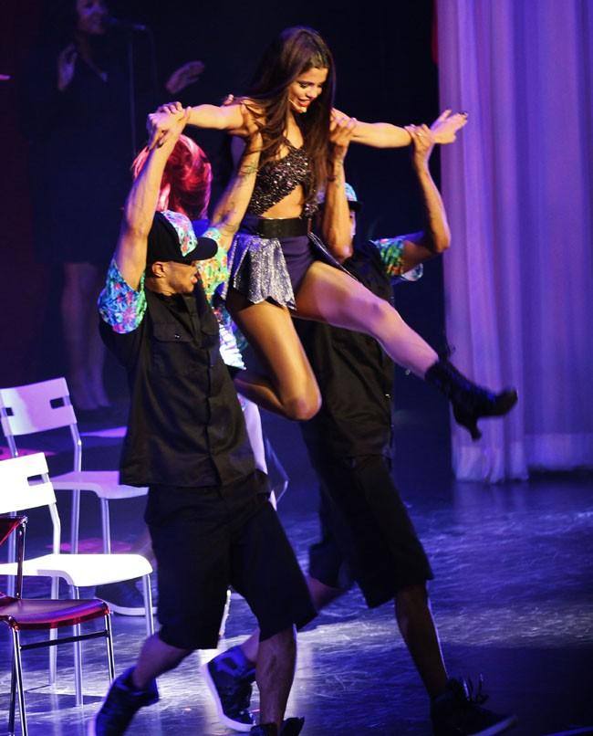 Selena Gomez à Vancouver le 14 août 2013 pour la première date de son Stars Dance Tour !