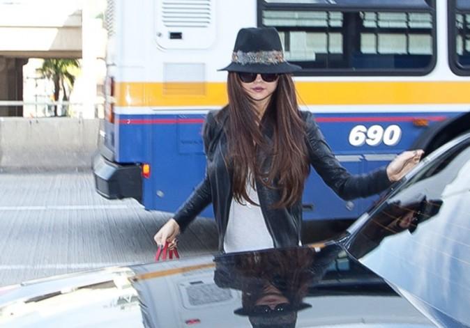 Selena Gomez à l'aéroport de Los Angeles le 15 février 2013