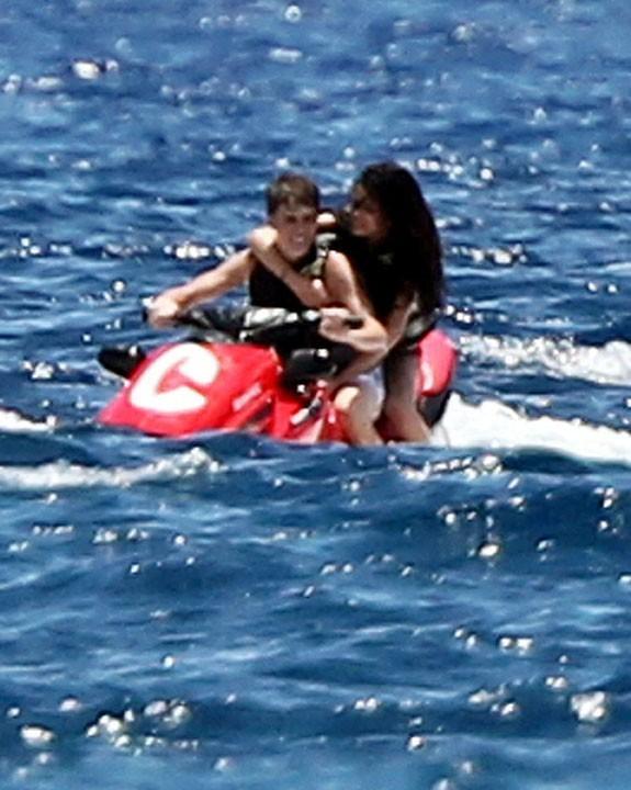 Selena est bien accrochée !