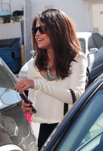 Selena Gomez à Los Angeles le 3 février 2014