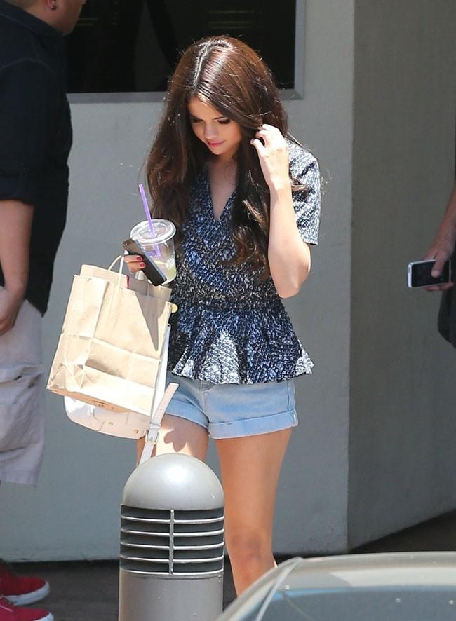 Selena Gomez à Ventura le 28 juin 2013