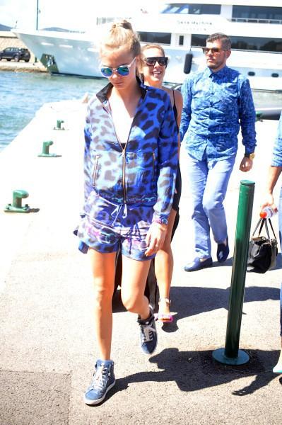 Cara Delevingne à Saint Tropez, le 23 juillet 2014