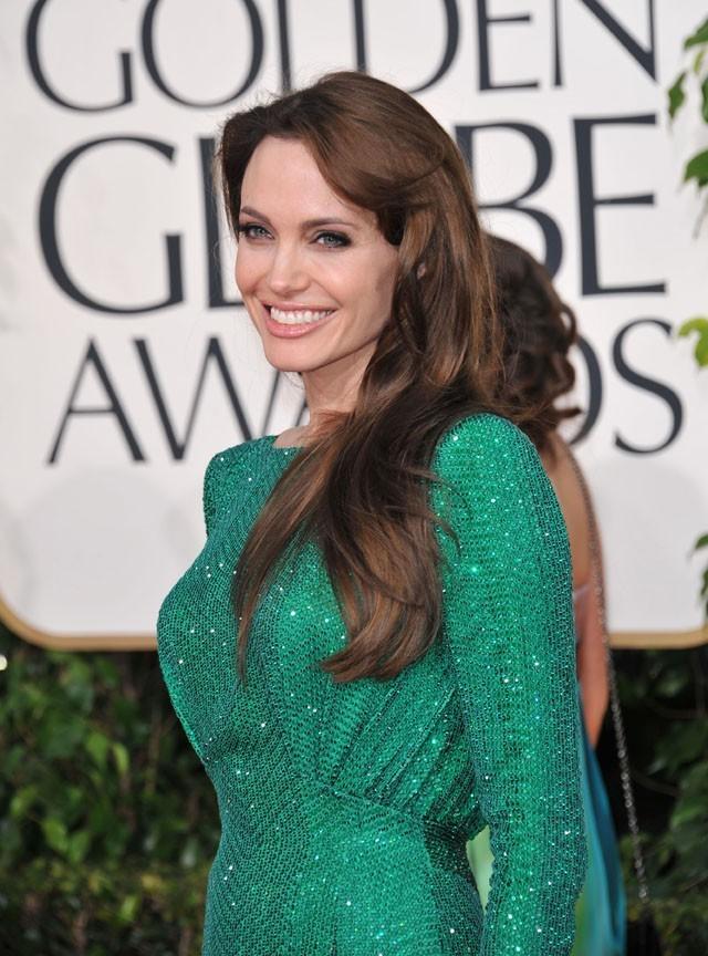 Angelina jolie est ambassadrice de bonne volonté auprès des Nations Unies