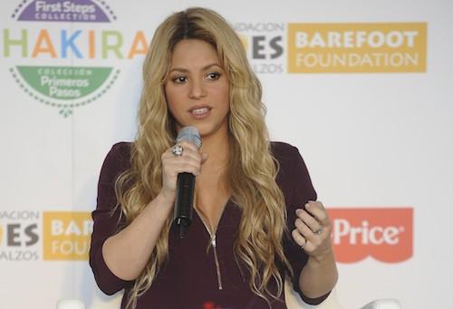 Photos : Shakira enceinte : elle lance sa collection de jouets pour la bonne cause !