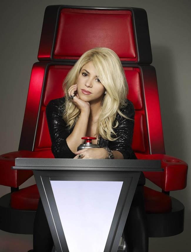 Shakira dans le fauteuil de The Voice