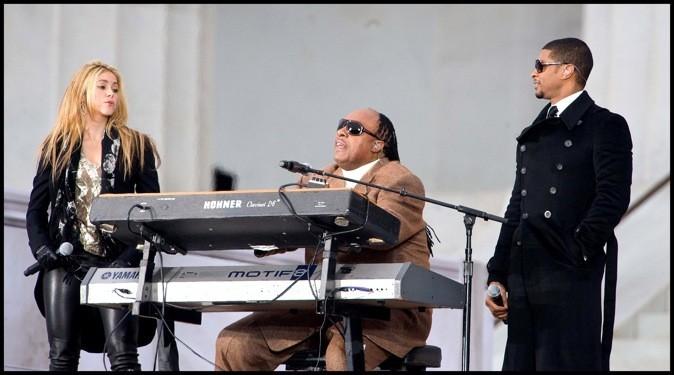 Shakira s'engage aux côtés de Stevie Wonder et Usher