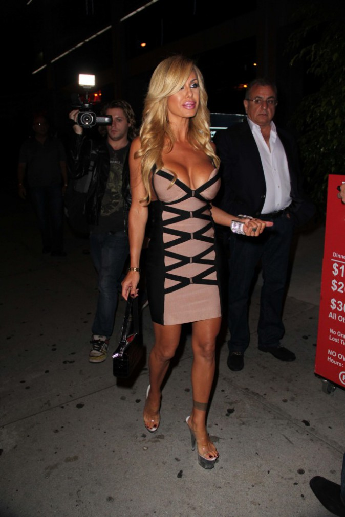 Photos : Shauna Sand : alerte à Hollywood, la bombe est de sortie !