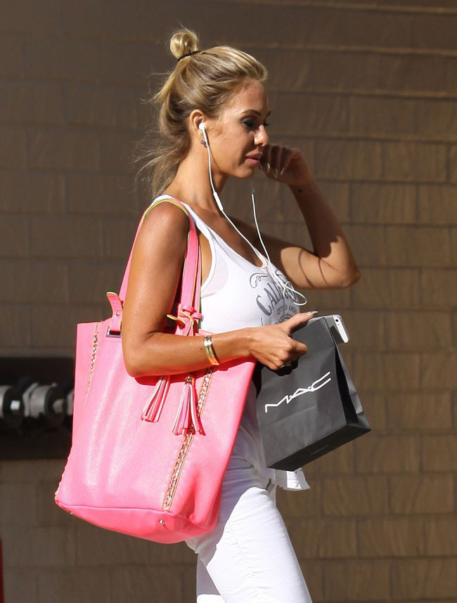 Shauna Sand en sortie shopping à West Hollywood le 31 juillet 2013
