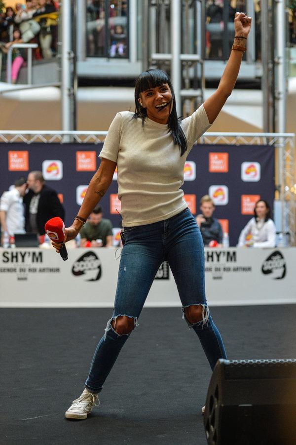 Shy'm à Lyon le 11 novembre 2015