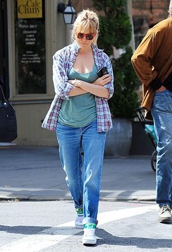 Sienna Miller et ses parents à New-York le 17 avril 2013