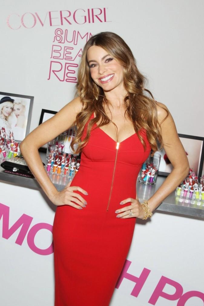 Sofia Vergara participe au lancement de la collection été de la marque CoverGirl