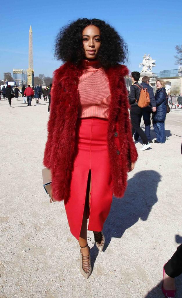 Solange Knowles : après la blancheur angélique, place au rouge démoniaque !