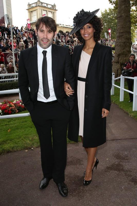 Sonia Rolland et Jalil Lespert lors du 91e Prix de l'Arc de Triomphe à Longchamps, le 7 octobre 2012.