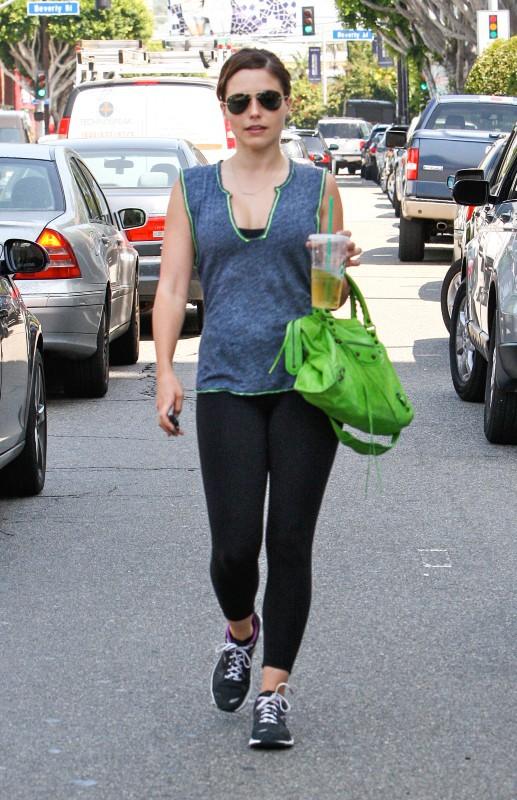 Sophia Bush, fraîche et rayonnante après sa séance de sport à West Hollywood, le 25 juillet