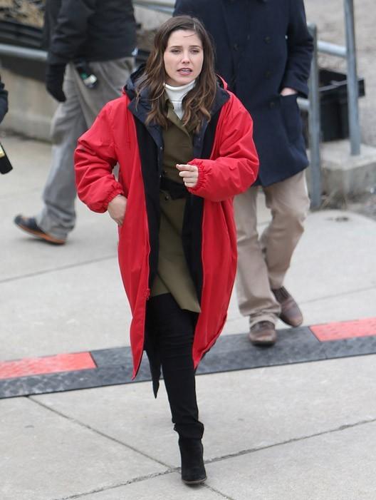 Sophia Bush sur le tournage de la série Hatfields & McCoys à Boston le 25 mars 2013