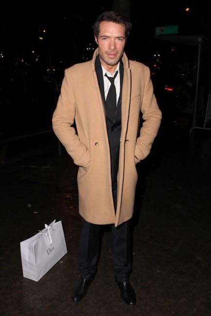 Nicolas Bedos à Paris pour la soirée Dior, le 12 novembre 2013.