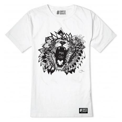 Un T-Shirt « Miaou » de chez #Sortez Couverts