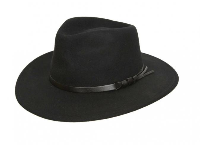Chapeau classique noir