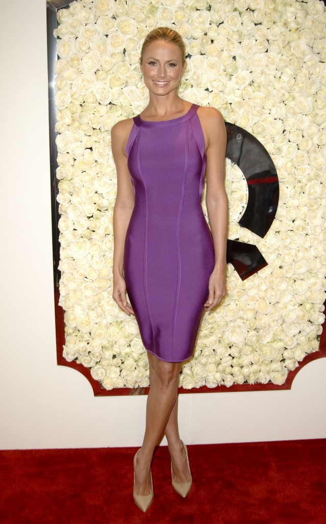 Stacy Keibler lors de la soirée QVC Red Carpet Style Event à Los Angeles, le 23 février 2012.