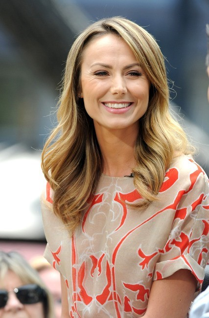 Stacy Keibler sur le plateau de l'émission Extra à Los Angeles, le 17 avril 2013.