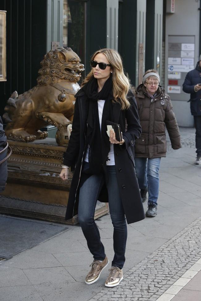 Stacy Keibler dans un magasin bio de Berlin le 16 mars 2013