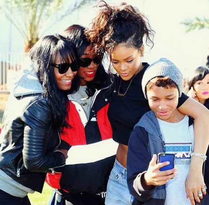 Rihanna et ses amies