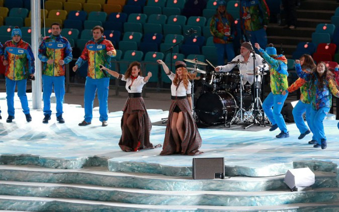 t.A.T.u à la cérémonie d'ouverture des Jeux Olympiques de Sotchi le 7 février 2014