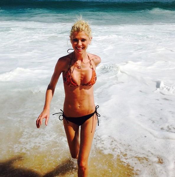 Tara Reid assume son extrême maigreur...  Tous les clichés (alarmants) de ses vacances au Mexique !
