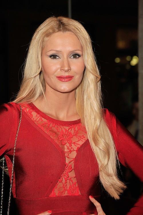 Photos : Tatiana Laurens : arrêtez de chercher du côté des stars US, la diva sur tapis rouge, c'est elle !