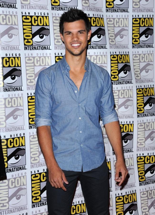 Taylor Lautner le 12 juillet 2012 à San Diego
