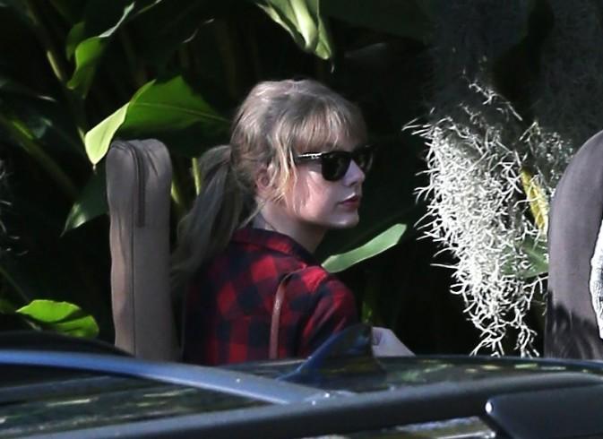Taylor Swift se rendant dans un studio d'enregistrement à Los Angeles, le 10 janvier 2013.