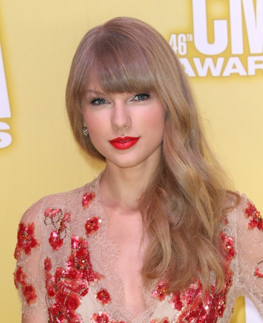 "Taylor Swift lors de la soirée ""Country Music Association Awards 2012"" à Nashville, le 1er novembre 2012."