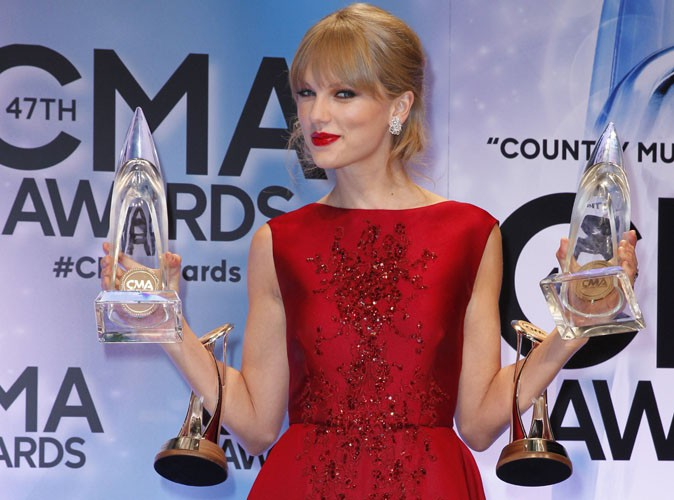 Taylor Swift aux Country Music Awards, à Nashville, le 6 novembre 2013