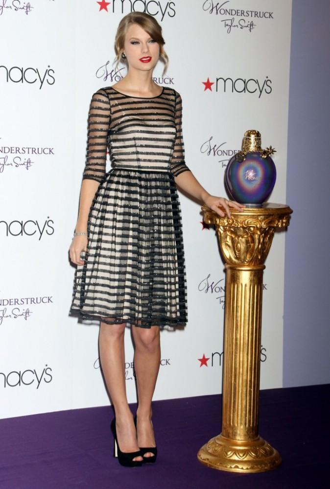 Taylor Swift chez Macy's à New York, le 13 octobre 2011.
