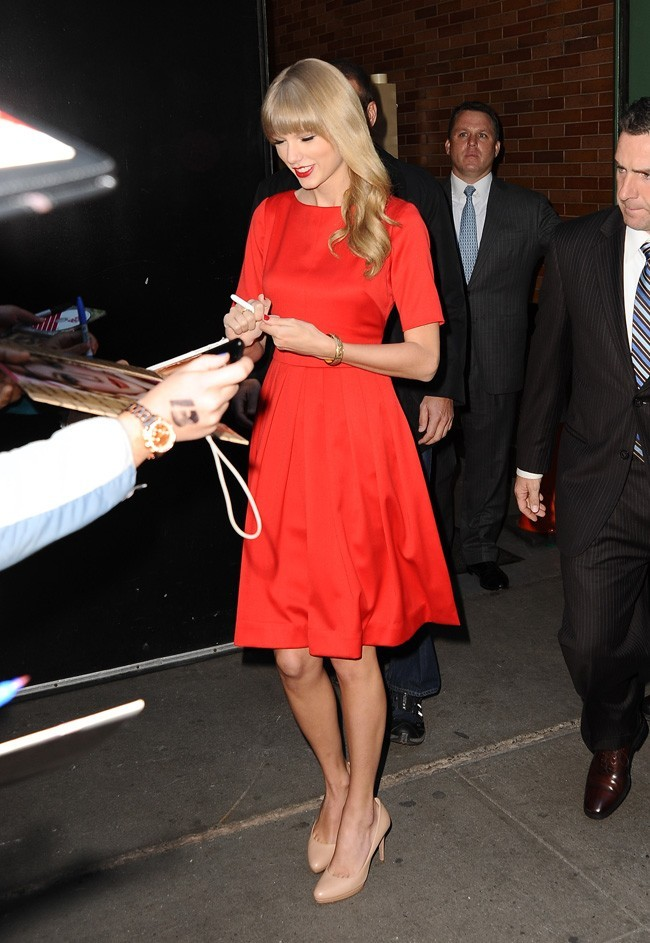Taylor Swift au Good Morning America à New-York le 22 octobre 2012