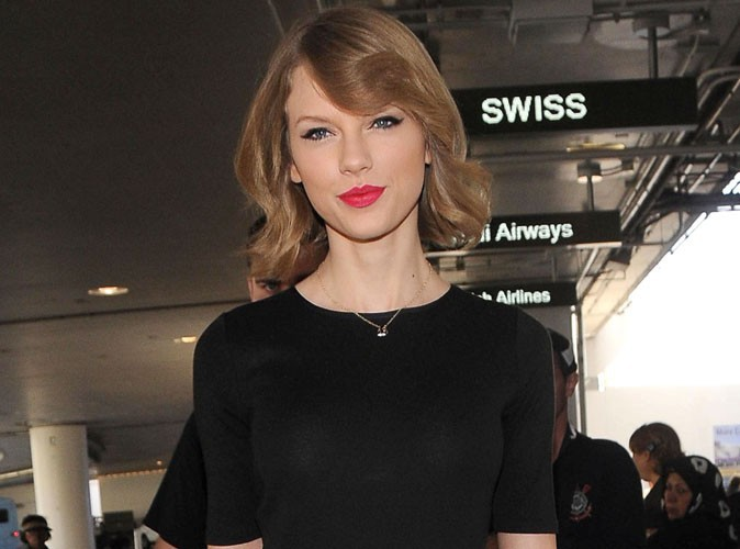 Taylor Swift : les dates européennes de son Red Tour bouclées, elle rentre à Los Angeles avec sa toute nouvelle coupe !