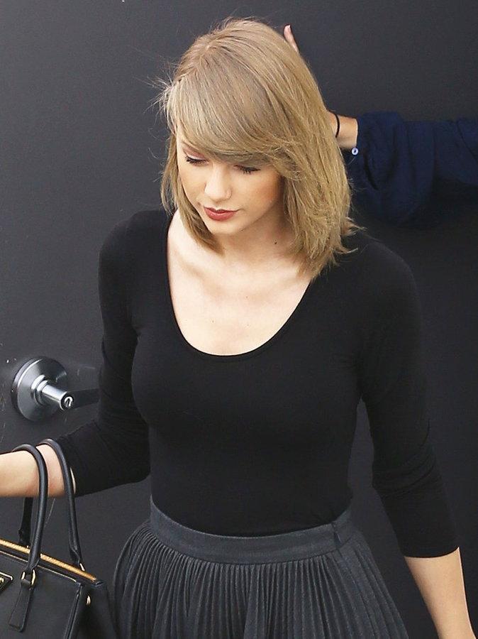 Photos : Taylor Swift mignonne et rock en jupe plissée, après le sport