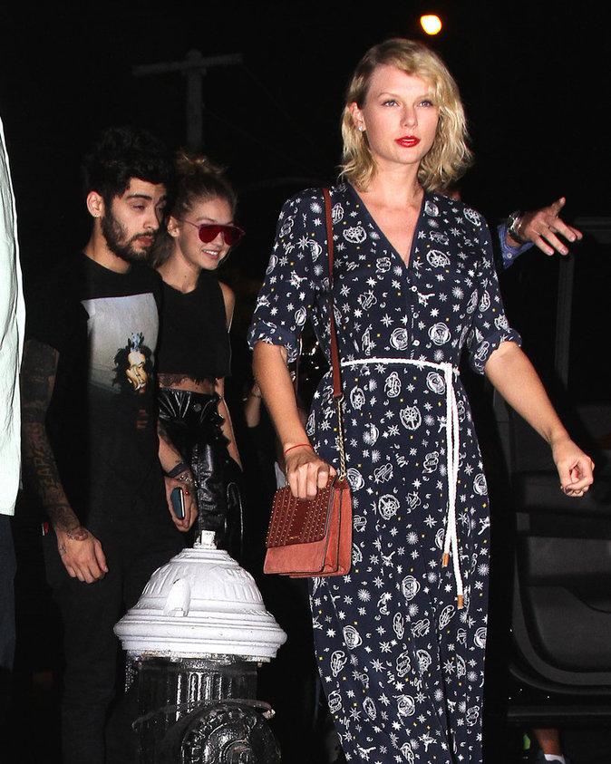 Photos : Taylor Swift : Obligée de tenir la chandelle avec Gigi Hadid et Zayn Malik !