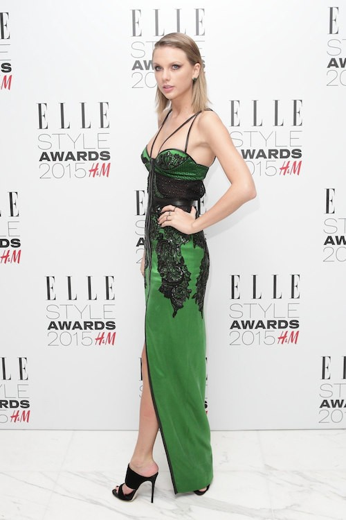 Photos : Taylor Swift : sexy à Londres, elle joue les donatrices ultra généreuses à New York !