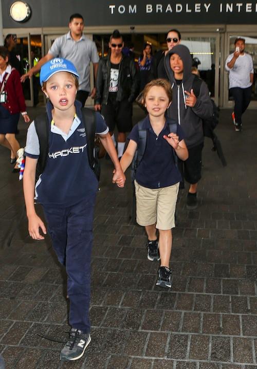 Photos : tee-shirt transparent et enfants de sortie, les Brangelina nous font la totale !