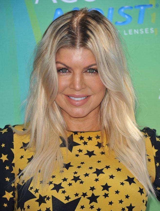 Fergie souriante mais vraiment pas au top !