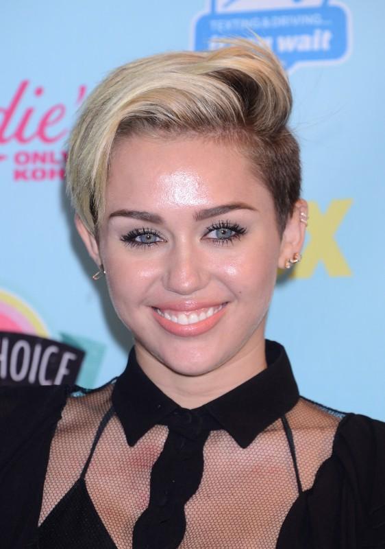 Miley Cyrus lors des Teen Choice Awards à Los Angeles, le 11 août 2013.