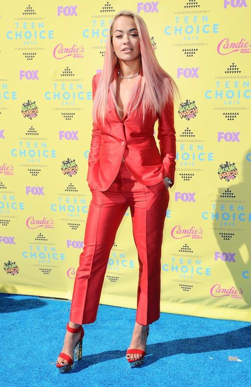 Photos : Teen Choice Awards 2015 : Rita Ora opte pour les cheveux roses !