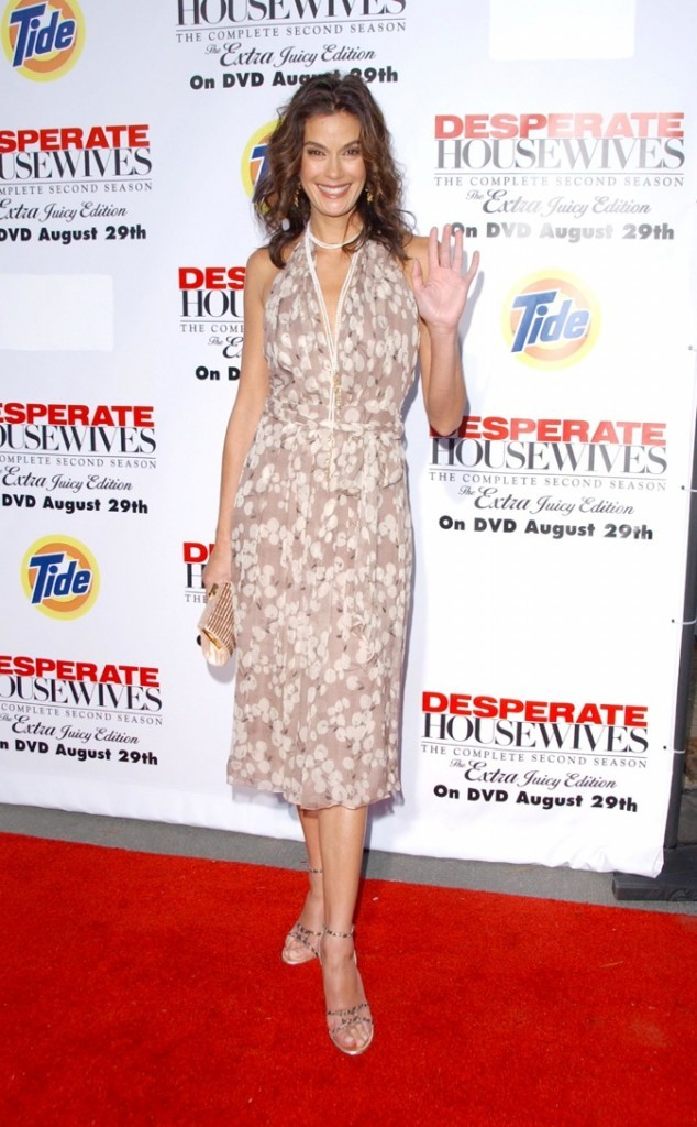 Teri Hatcher en 2006, lors du lancement du DVD de la saison 2 de Desperate Housewives !